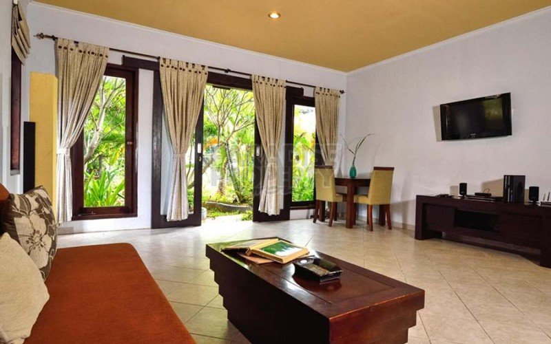 Ready to Retire ? Your own Beachfront 5 Bedroom 5 Bathroom Villa Resort