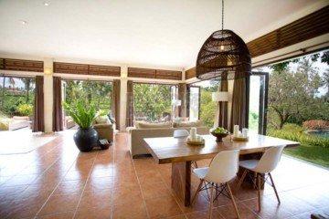 Dijual Villa 4 Kamar di Ubud dengan Pemandangan Sawah