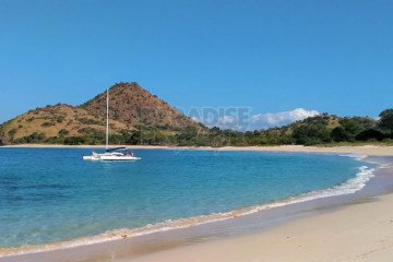 4600m2 Prime Absolute Beach Front Lot For Sale Freehold In Moro Kertasari Bay, West Sumbawa