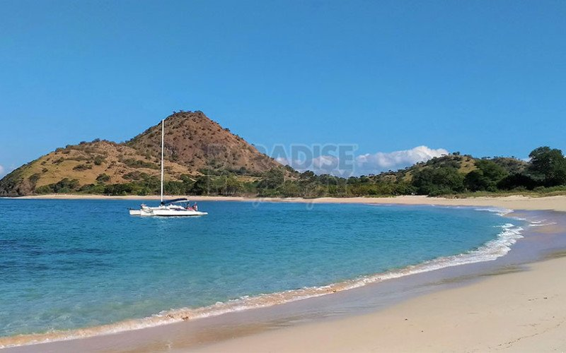 5000m2 Of Absolute Beach Front Paradise For Sale Freehold In Beautiful Moro Kertasari Bay, West Sumbawa