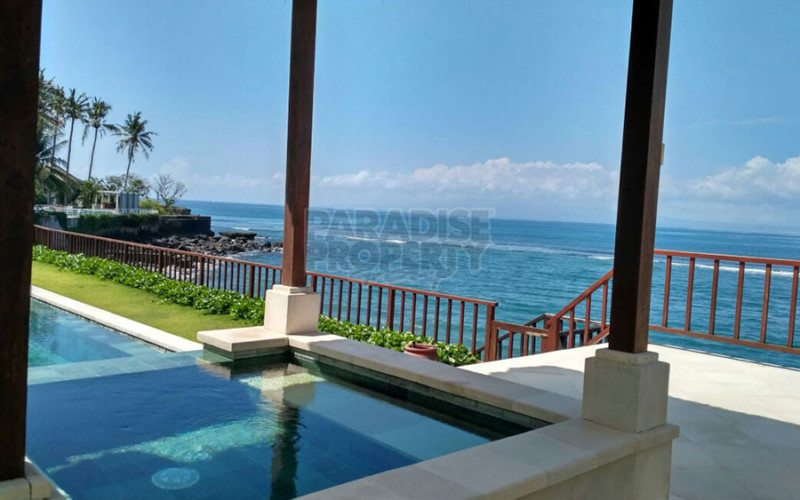 Now Reduced in Price! Exclusive World Class Waterfront Villa Estate For Sale