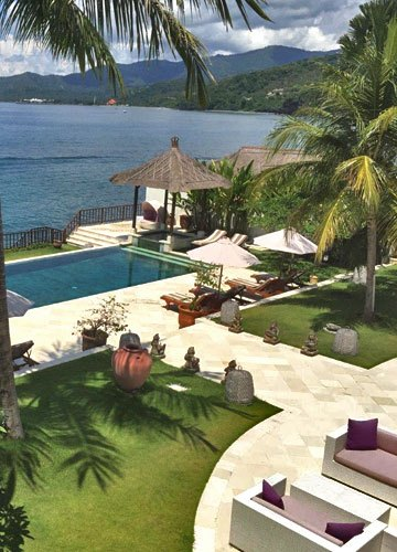 Beachfront villa for sale Bali