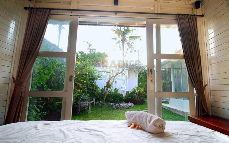 3 Bedrooms Villa Located in Kerobokan is A Perfect Home for A Family