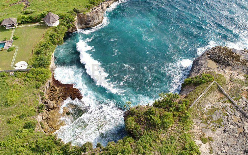 5545m2 Cliff Top Vacant Land Development Site West Facing On Nusa Lembongan With A Very Long Lease Plus Extension