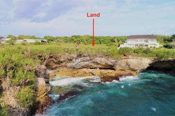 West Facing 4000m2 (1 acre) Of Waterfront Vacant Land Overlooking Dead Pool Cove Next To Sunsets Bay.