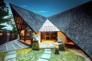 Uniquely Designed 4 Bedroom Villa in Seminyak