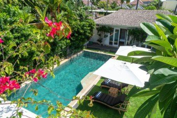 Luxury 5 Bedroom Freehold Villa in the heart of Petitenget