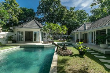 Stunning and Stylish Tropical Villa in Canggu