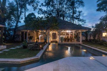 Stunning and Stylish Tropical Villa in Canggu