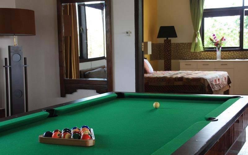 Dijual Villa 5 Kamar Tidur di Jimbaran dengan Harga Menarik