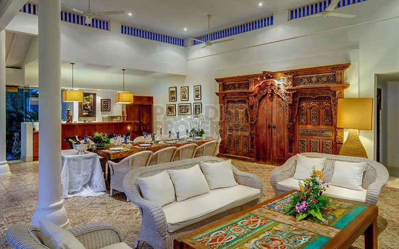 6 Villa Complex for Sale on 34 Are in Oberoi, Seminyak
