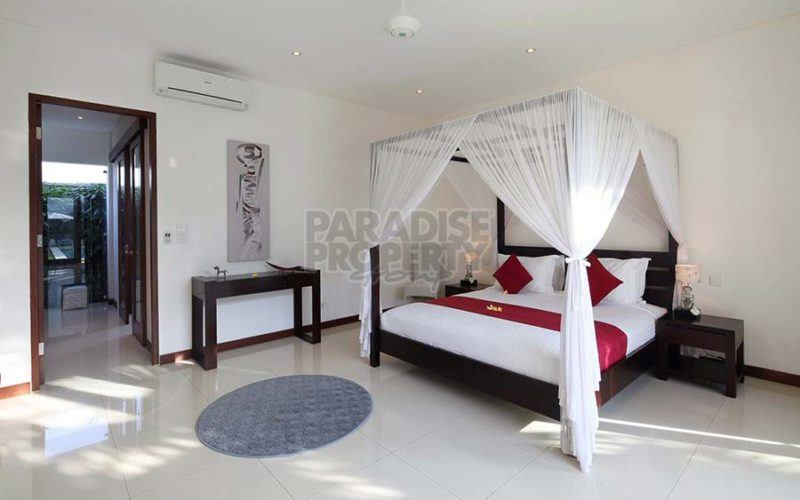 Stunning 4+1 Bedroom Villa For Sale in Canggu