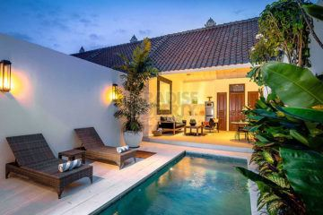 Minimalist Villa for High Returns in Petitenget With Pondok Wisata