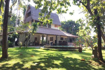 Charming 3 Bedroom Villa with Spacious Garden – 10 Minutes from Ubud Center