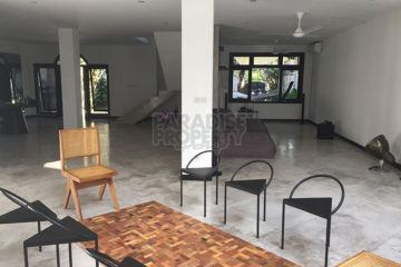 Newly Renovated Spacious Family Home with 3+1 Bedrooms for Rent in Kerobokan