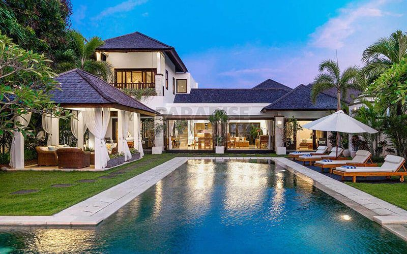 Villa for sale in Nusa Dua