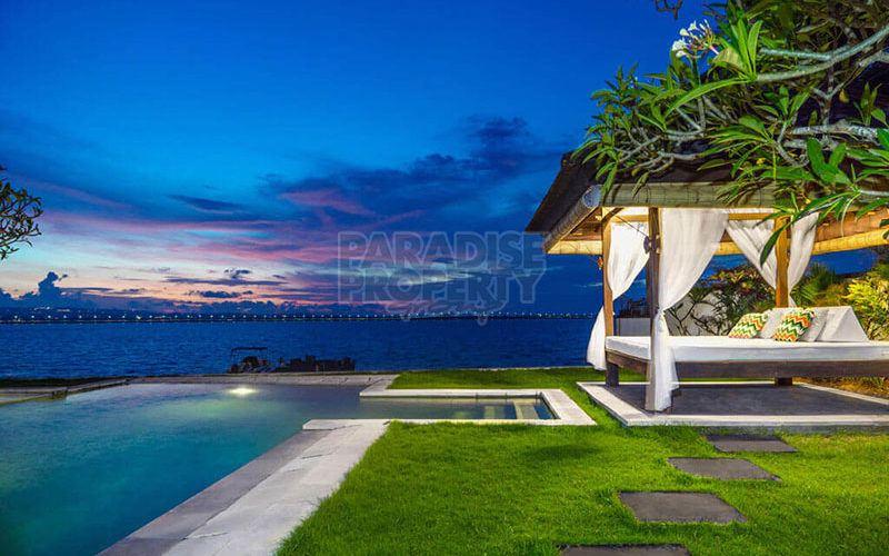 Stunning Waterfront Luxury 3 Bedroom Villa In Tanjung Benoa