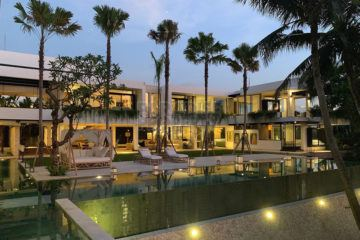 Magnificent Stylish Luxurious Clean Cut 7 Bedroom Must See Villa Investment