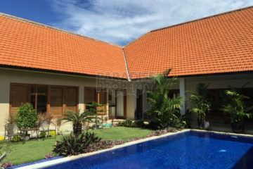 Luxury Five-Bedroom Leasehold Villa In Umalas 19 years