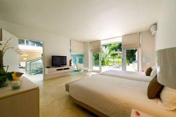 Chic and Luxurious Contemporary 4 Bedroom Villa at Banjar Semer close to Seminyak – Monthly Rental