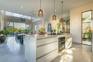 Brand New Modern and Chic 4 Bedroom Villa in Umalas/Bumbak