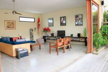 A Walking Distance Property to The Beach in Kedonganan, Jimbaran