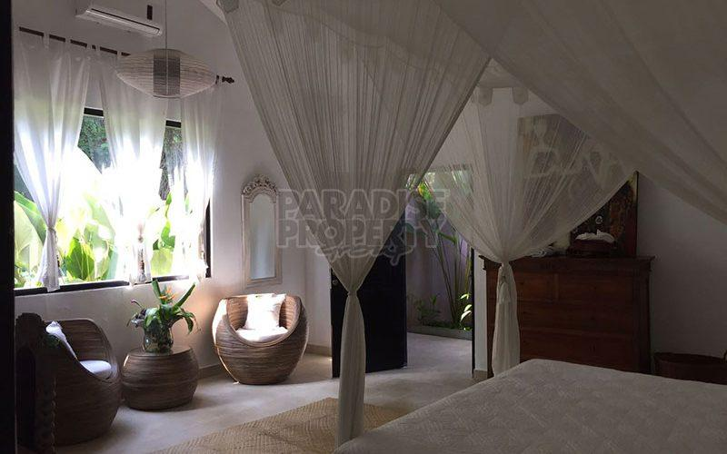 Charming 3 Bedroom Villa with Spacious Garden on 2800 sqm – 10 Minutes from Ubud Center – Leasehold until 2044