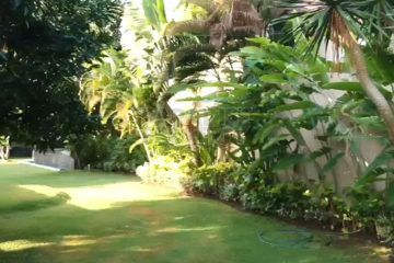 Large Tropical Private Villa on 2000m2 Leasehold Land