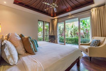 Prestigious 4 Bedroom Beachfront Villa in Central Sanur