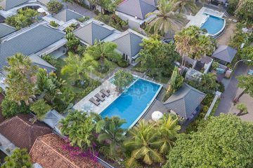 Prestigious 4 Bedrooms Beachfront Villa in Central Sanur