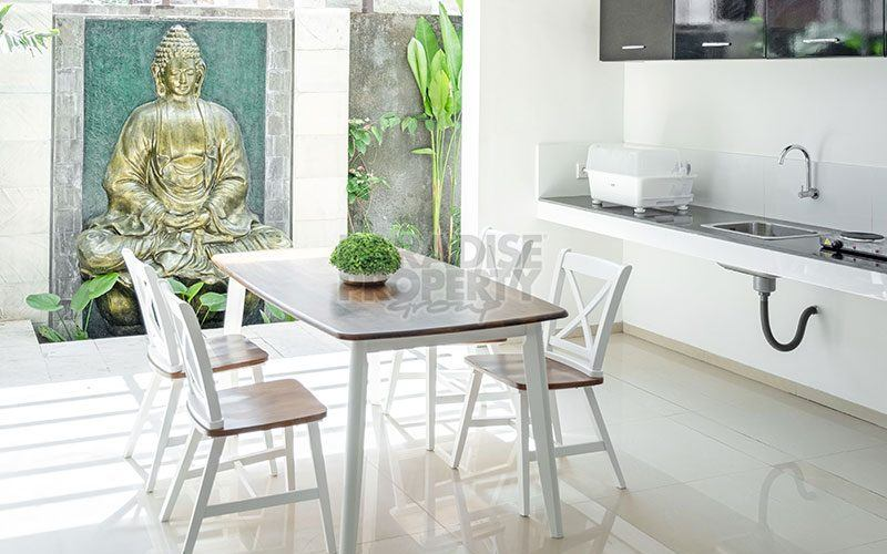 Freehold Investment Opportunity in Canggu, 7 Bedroom Residence