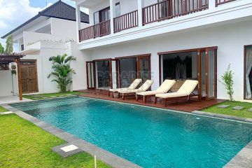 Minimalist 4 Bedroom Leasehold Villa in Batu Bolong, Canggu
