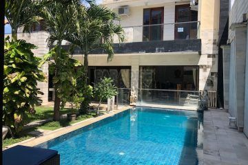 6 Bedroom Villa for Lease in Mertanadi