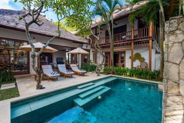 Idyllic Tropical 3 Bedrooms Villa in Jimbaran