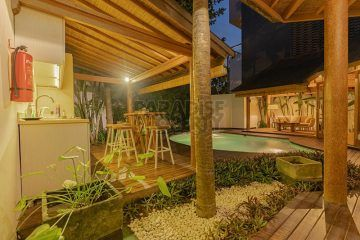 Tropical 2 Bedroom Villa in Berawa, Canggu for Yearly Rental