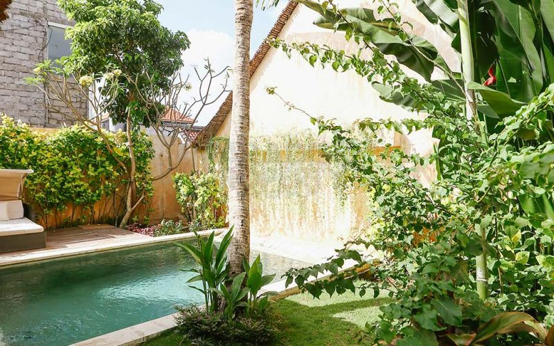Tropical 2 Bedroom Yearly Villa Rental in Canggu