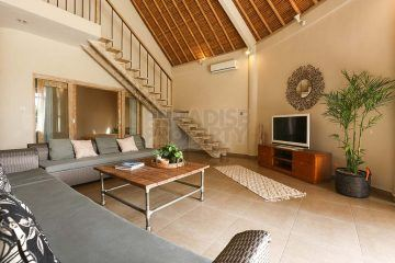 Tropical 3 Bedroom Villa for Sale in Canggu With Long Lease