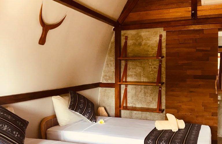 Five Joglo Guest House in Cemagi, Leasehold for 25 Years