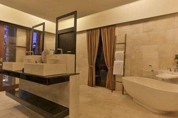 An Idyllic 3 Bedroom with Tropical Pool Villa in Canggu