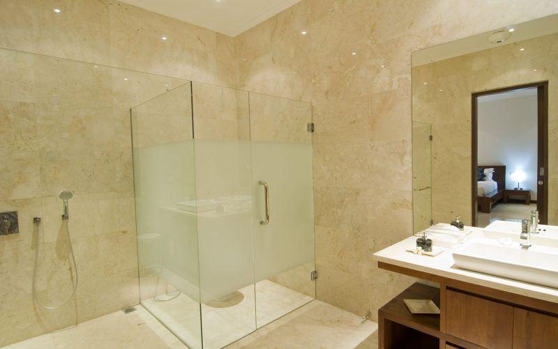 The Breathtaking 5 Bedroom White Villa in Canggu