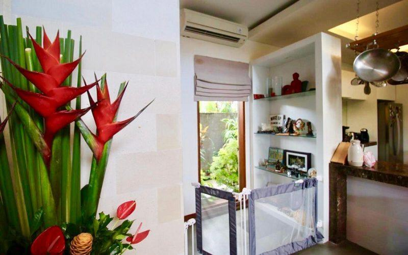 4 Bedroom Family Villa Next to the Beach in Cemagi