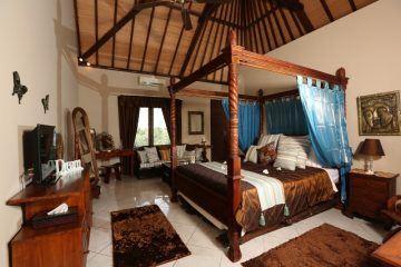 Prime Location 4 Bedroom Freehold Villa in Berawa