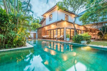 Stylish 3 Bedrooms Villa Located Seminyak