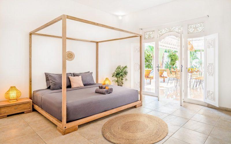 Beautiful 4 Bedrooms Villa in Near Oberoi Seminyak for Monthly Rental