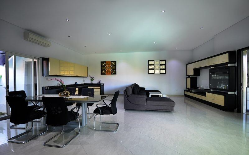 4 Bedrooms Villa on 19,75 ARE of Freehold Land, Sanur