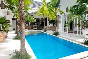 For Rent – Stylish White Villa With Rice Field Views – South of Ubud