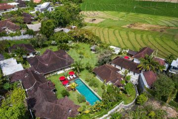 Large 5 Bedroom Villa for Yearly Rental in Umalas