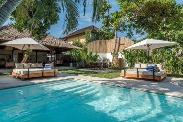 5 Bedrooms Villa near Petitenget Beach With Private Pool and Jacuzzi