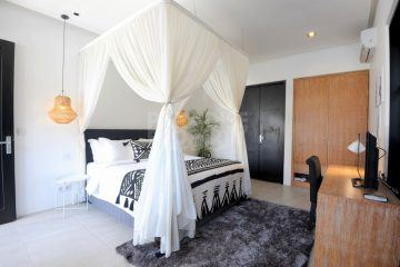 Top Quality 4 bedroom Stylish Villa within a Prime Location