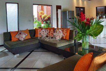 Charming 3 Bedroom Villa with Rice Field Views in Padonan